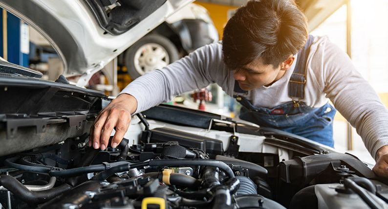 Why You Need To Have Auto Repair Tools inside your Vehicle