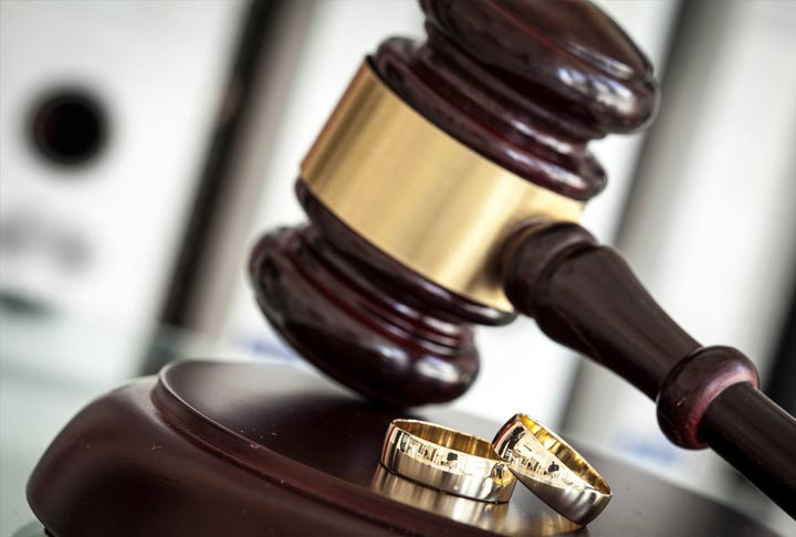 Look for a Lawyer Which specializes in Divorce